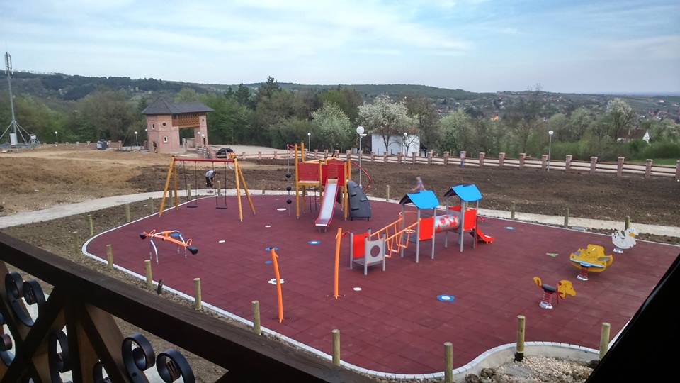 Vrdnik - children's playground